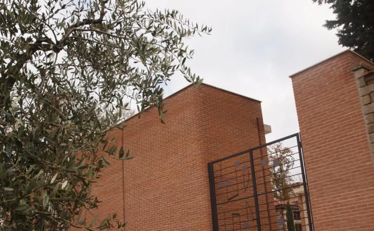 2008---Ampliamento-Civico-Cimitero-in-Montecastrilli-TR-PB250436